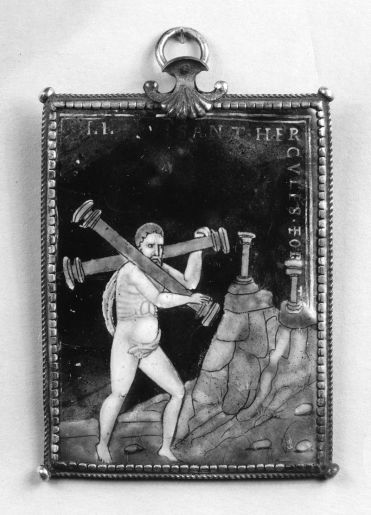 800px-Couly_Nouailher_-_Hercules_Carries_the_Two_Columns_-_Walters_44265